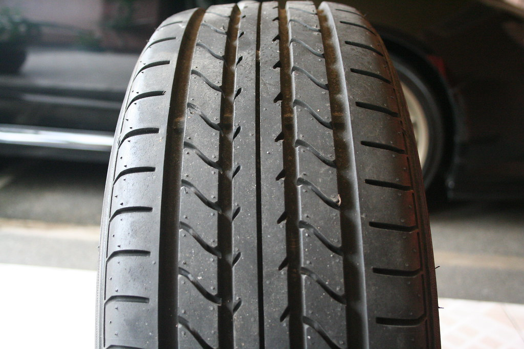 Avis pneus Yokohama ADVAN A10E